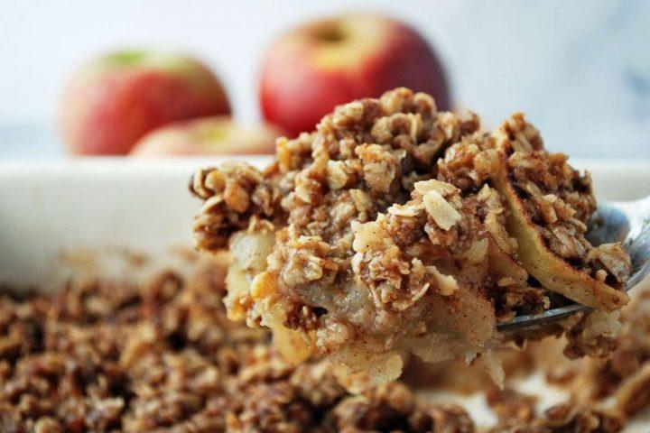big spoonful of gluten-free apple crisp
