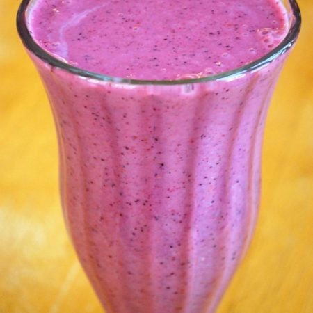 healthy berry smoothie in a glass