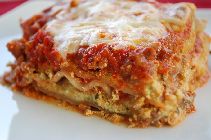 Meaty Pesto and Tomato Lasagna