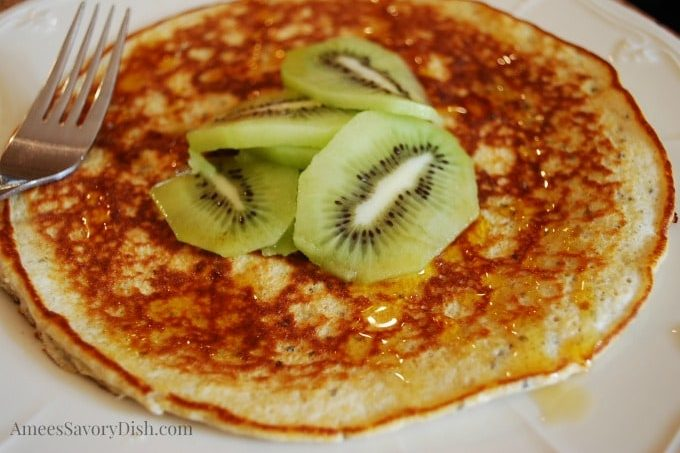 Banana Pancake with fresh kiwi fruit