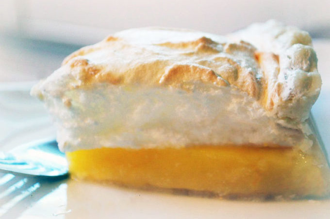 Made with fresh orange juice and zest, orange meringue pie is an amazing twist on classic lemon meringue pie.
