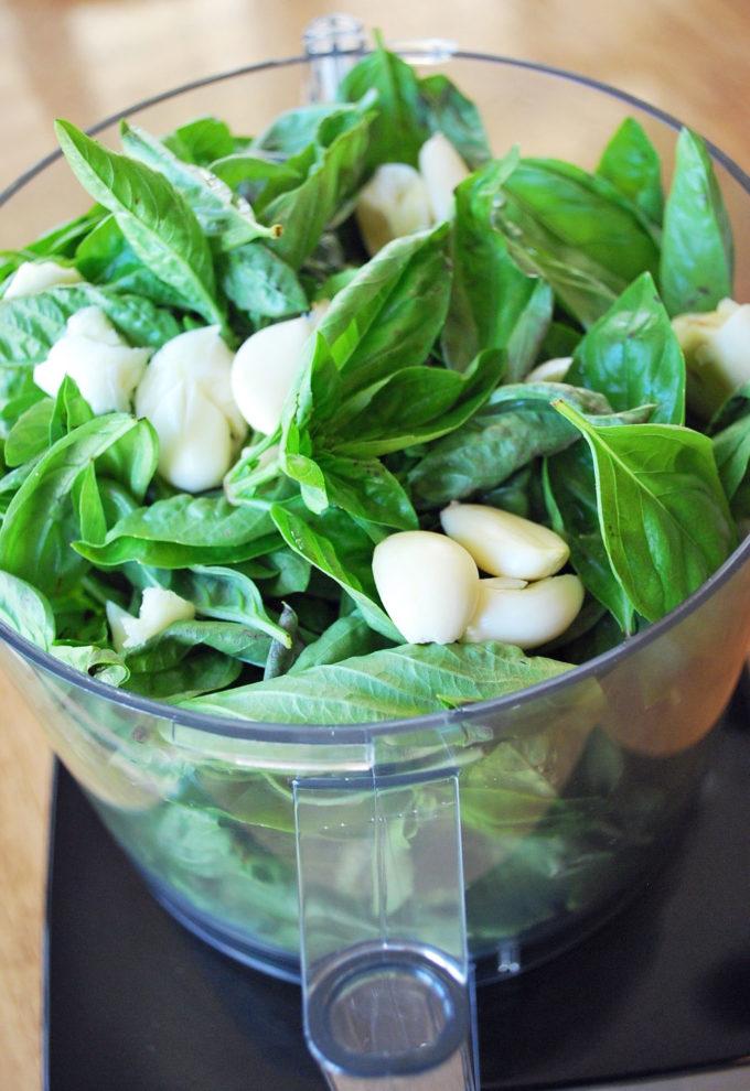 How to make homemade pesto in a food processor