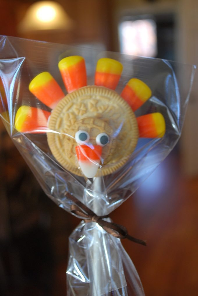 Oreo turkey cookies on a stick make a great Thanksgiving treat for your dinner guests