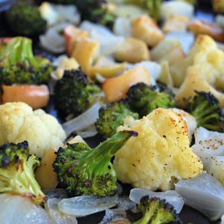 Delicious Roasted Vegetables with Apples pin