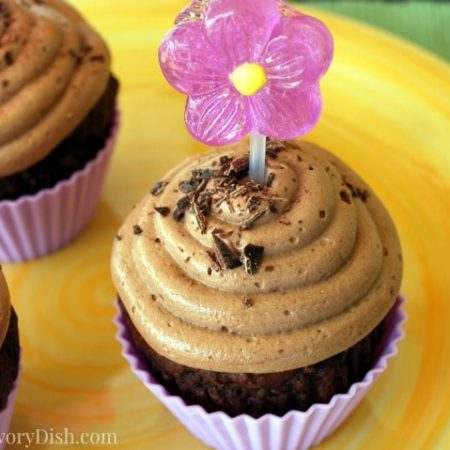 A healthier dessert recipe for Weight Watchers chocolate cupcakes with protein frosting that taste delicious