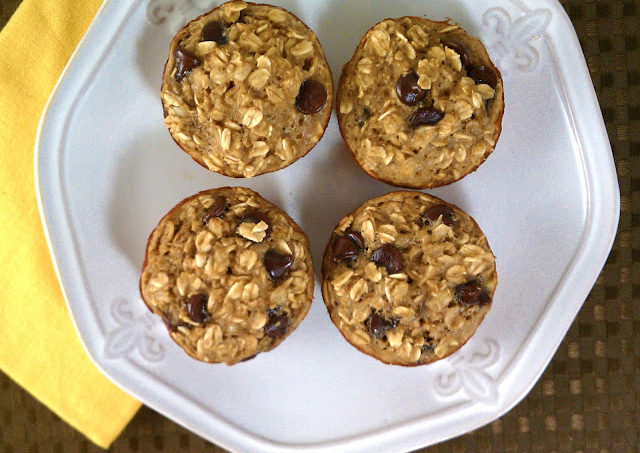 Banana Chocolate Chip Baked Oatmeal Singles….Guest Post by Emily Bites!