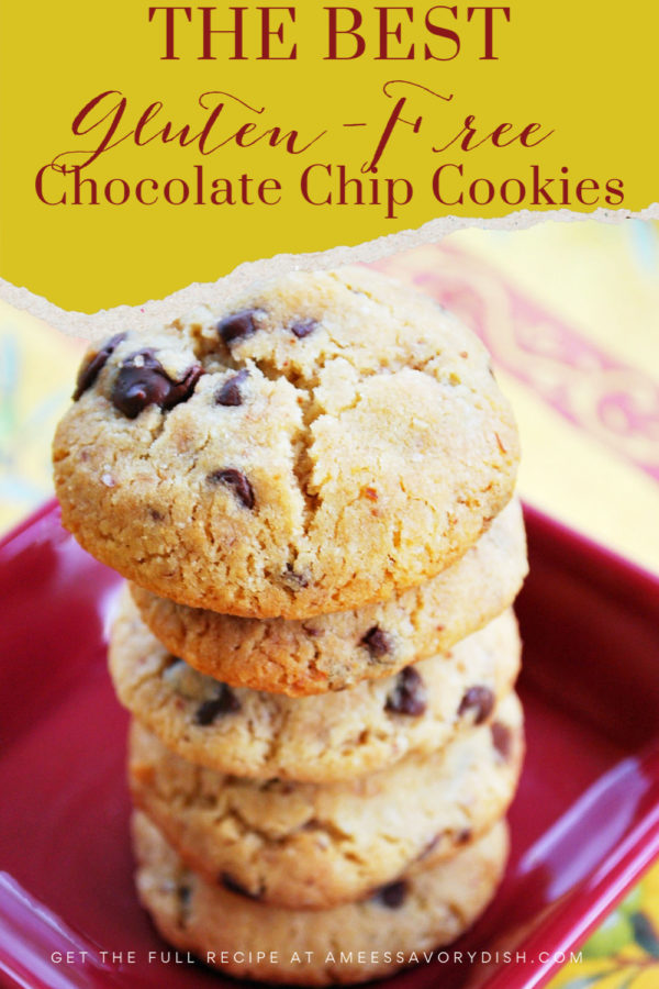 You'll never know that these cookies are gluten-free!  A delicious and easy recipe for gluten-free chocolate chip cookies made with a gluten-free baking mix, coconut oil, brown sugar, egg, vanilla, and chopped walnuts. via @Ameecooks