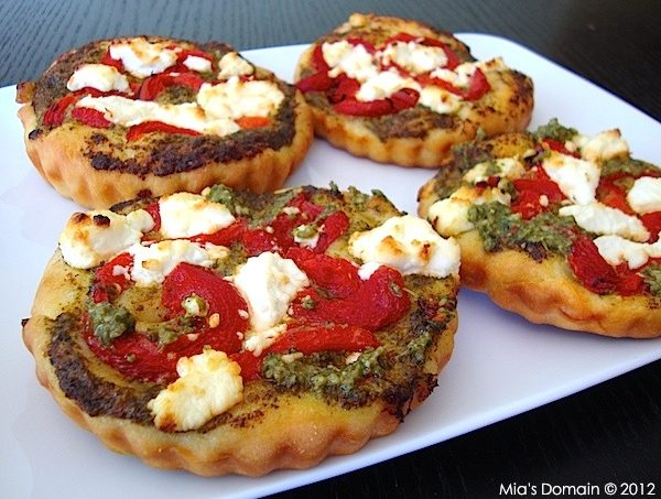 Mini Goat Cheese Pizzas……Guest Blogger Recipe from Mia's Domain