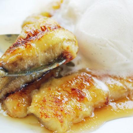 Caramelized Bananas with homemade vanilla bean frozen yogurt