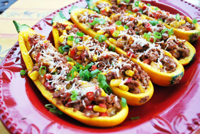 Delicious low-carb stuffed squash boats recipe