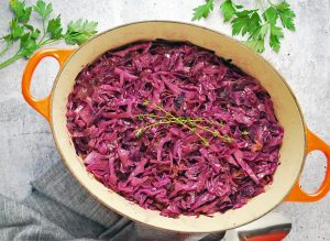 cooked red cabbage with thyme