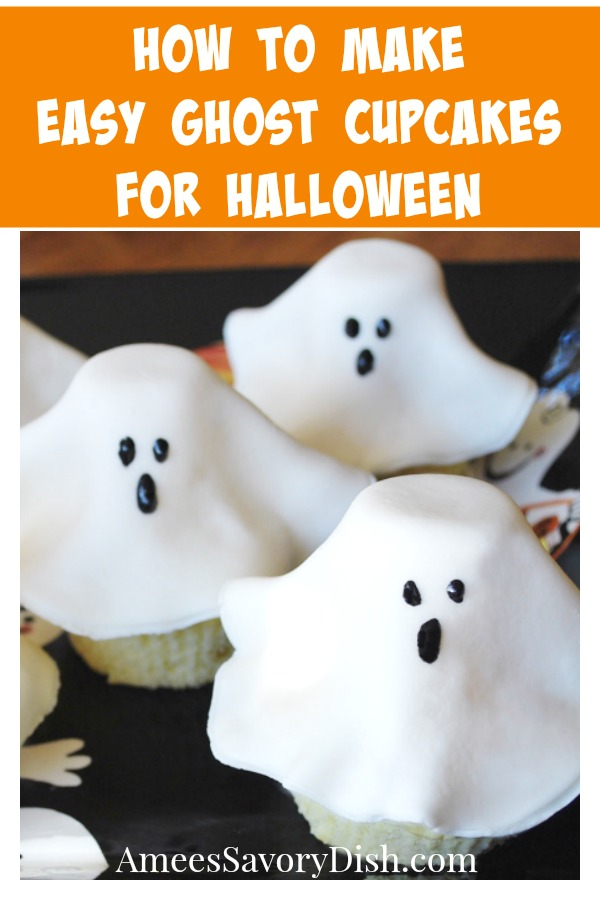 A fun recipe for making cute Halloween ghost cupcakes using fondant, decorating gel and marshmallows via @Ameessavorydish