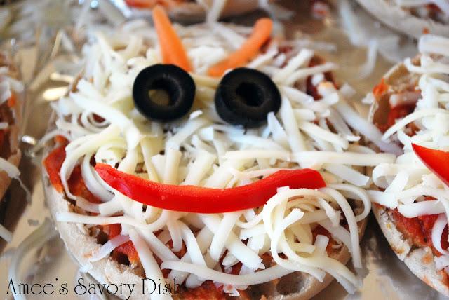 monster face pizza before baking