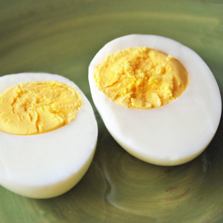 Perfectly cooked hard-boiled eggs recipe
