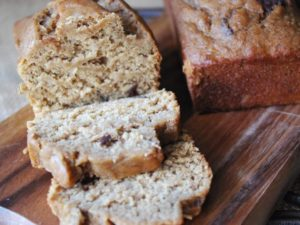 A moist and delicious recipe for wheat-free dark chocolate chip banana bread made with a blend of brown rice and oat flour