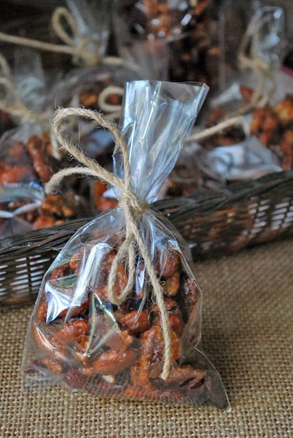 Sweet and spicy candied nutsare a delicious clean eating snack. Easy to make and completely addictive! They make a great holiday food gift, too.