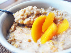 peaches and cream protein oatmeal