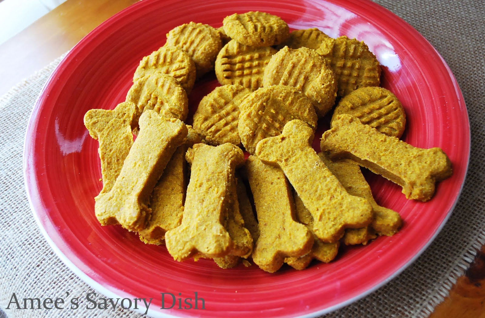 Healthy homemade dog treats are easy to make and more nutritious than the store bought dog treats. This dog biscuits recipe uses real food ingredients!