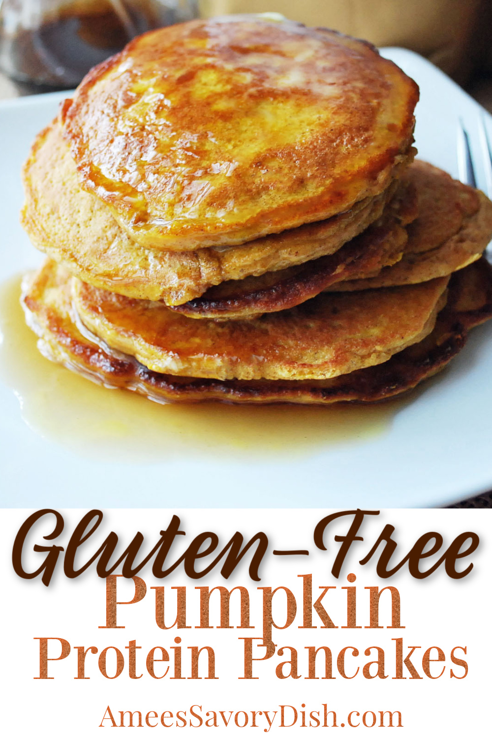 A simple and delicious recipe for gluten-free pumpkin protein pancakes made with ground flaxseed, pumpkin puree, whey protein, oats, and brown rice flour.  #proteinpancakes #proteinrecipes #pumpkinpancakes #glutenfreepancakes via @Ameessavorydish