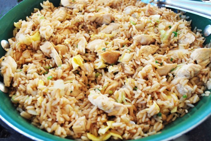 A delicious and easy recipe to make chicken fried rice using brown rice and boneless chicken breasts