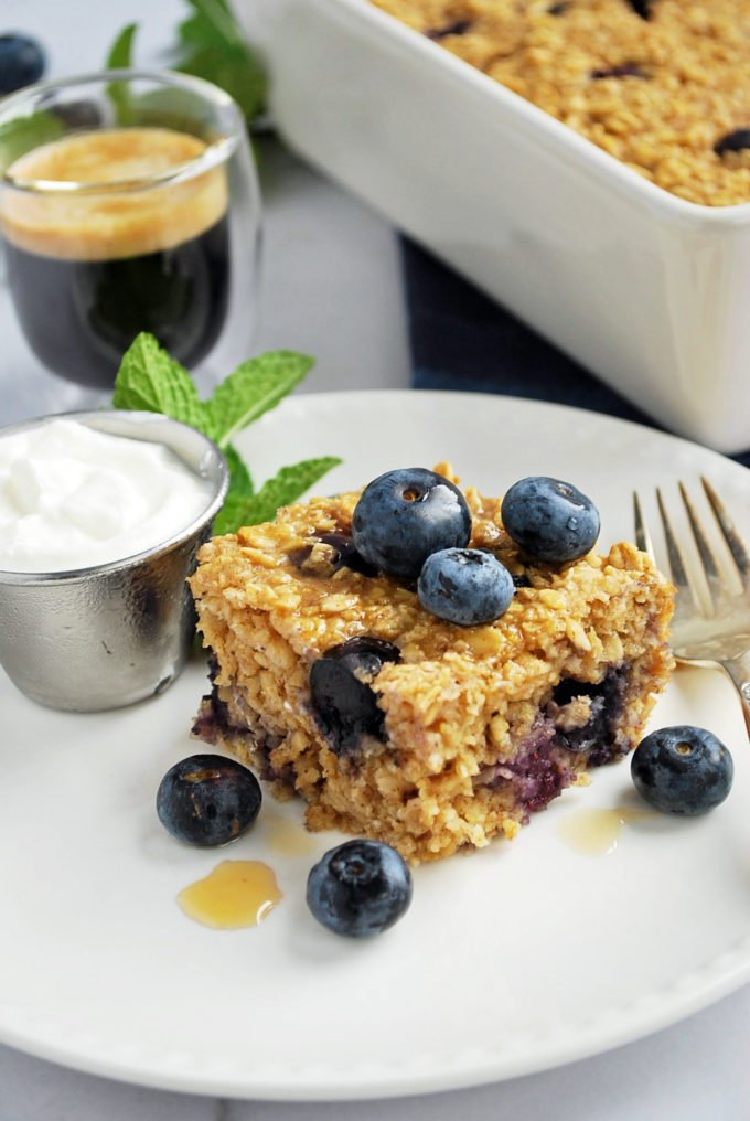 Easy Blueberry Baked Oatmeal