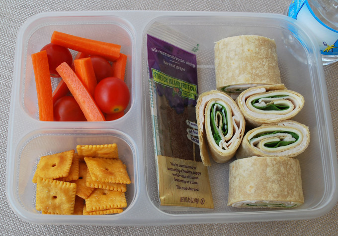 clean eating pinwheels lunch