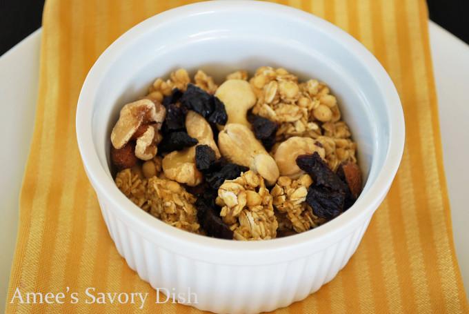 protein granola snack mix