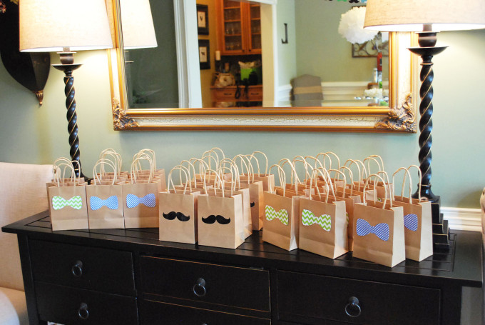 bow tie mustache gift bags