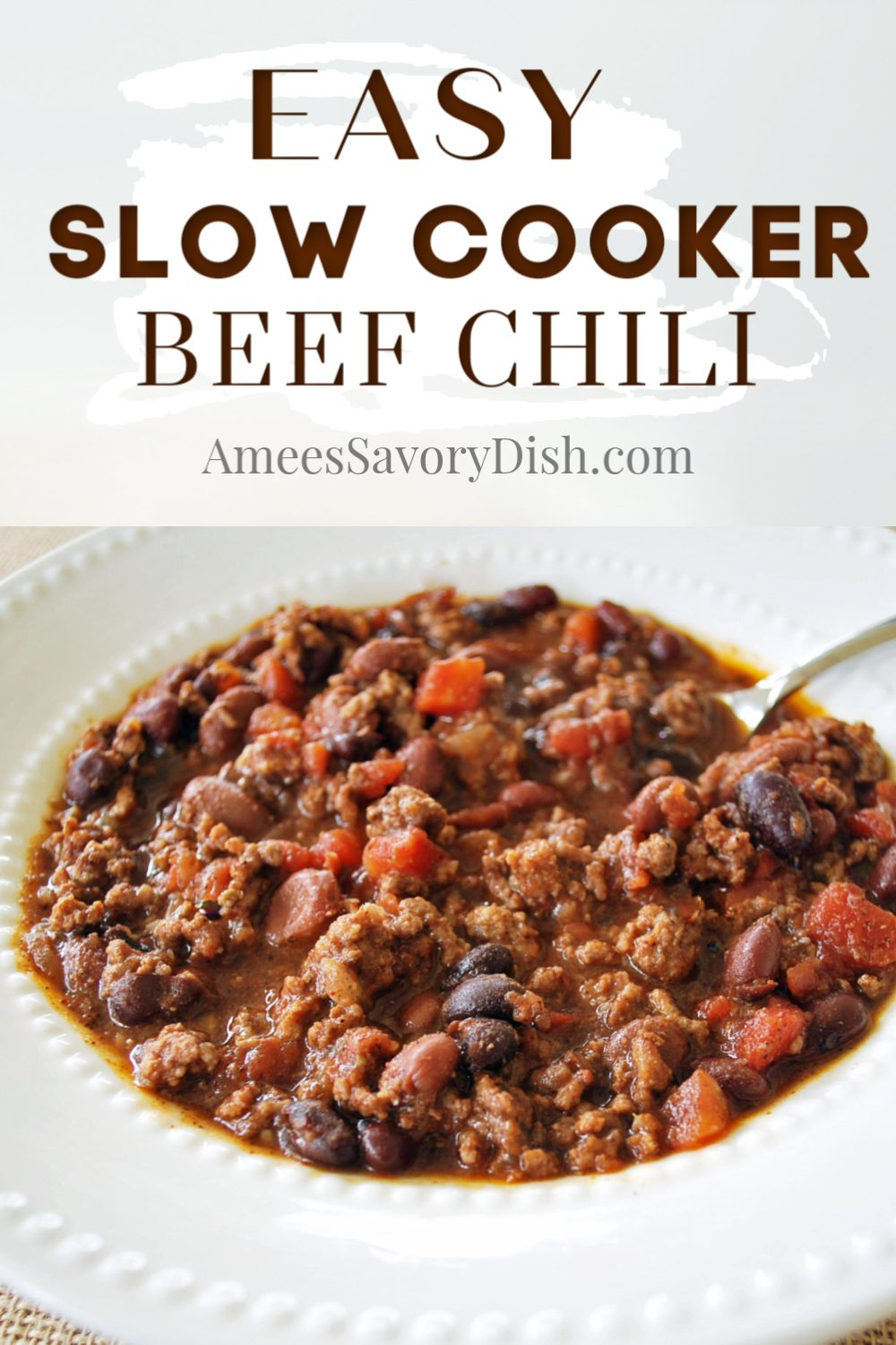 Slow cooker beef chili is a hearty, comfort food dinner recipe, made with lean ground beef and a blend of beans with tomatoes, onions, and spices. This great protein-packed recipe is so simple to throw together and cooks while you go about your day. #beefchili #slowcookerrecipe #slowcookerchili #chilirecipe via @Ameecooks
