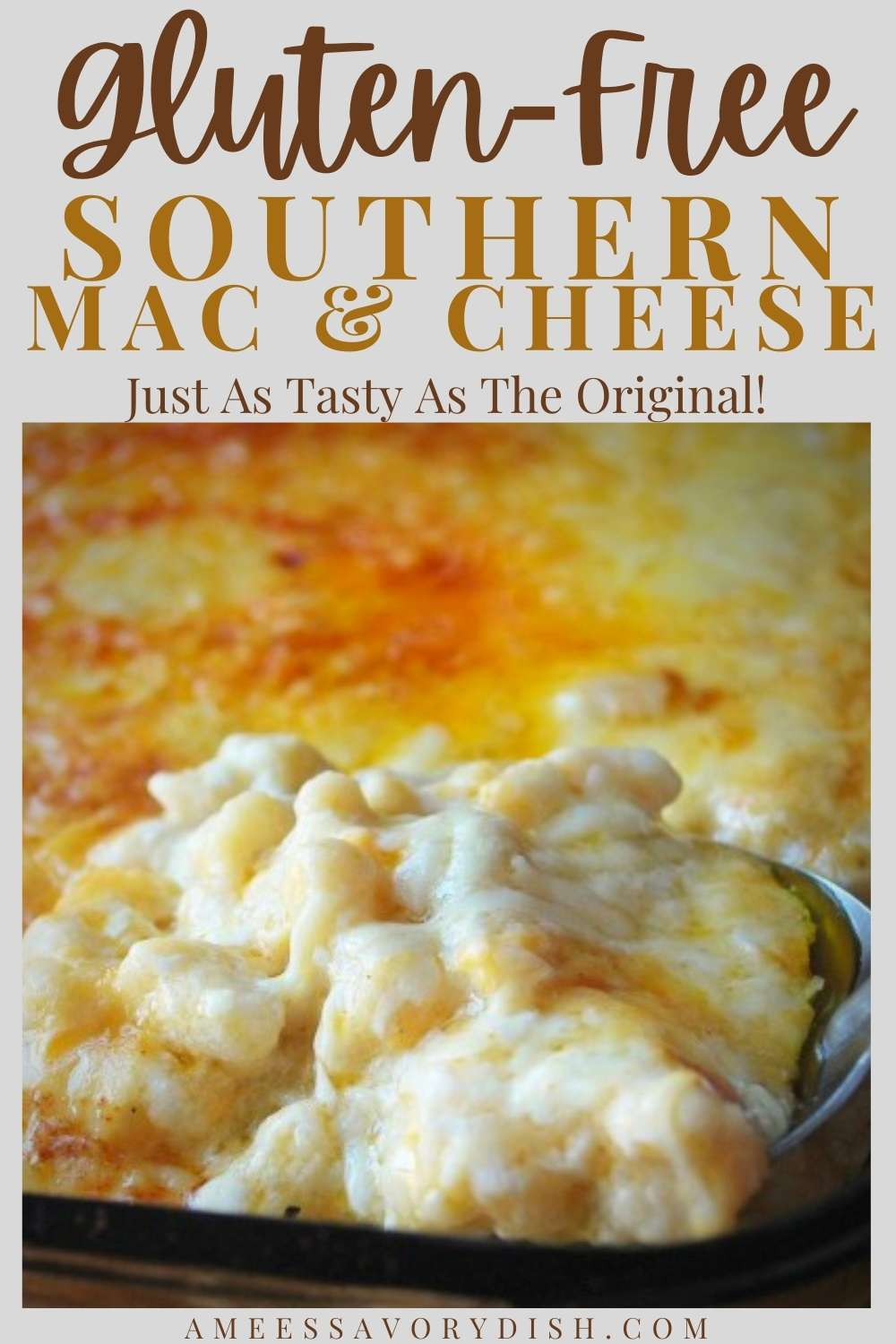 This gluten-free macaroni & cheese bake will satisfy even the pickiest eaters and just as creamy and delicious as the original! #macandcheese #glutenfreesidedish #glutenfreemacandcheese #macaroniandcheese #southernrecipes via @Ameessavorydish