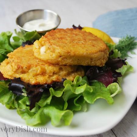 Salmon patties plate