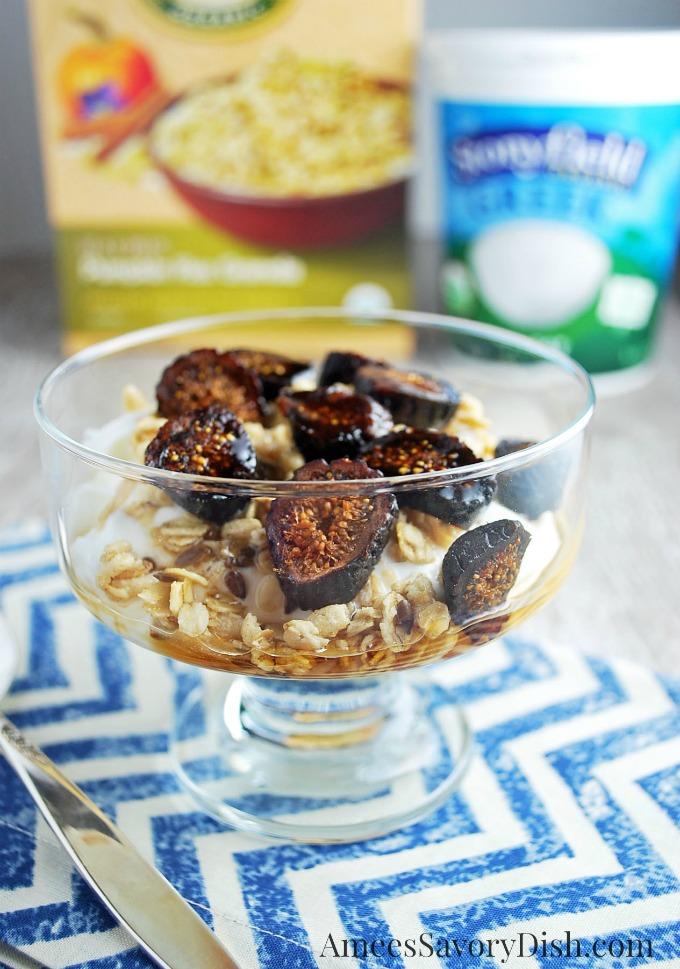 Maple yogurt parfait
