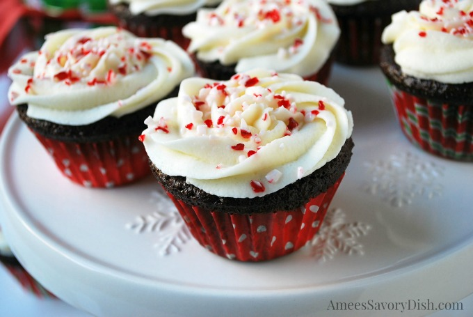 Dark Chocolate Holiday Cupcakes