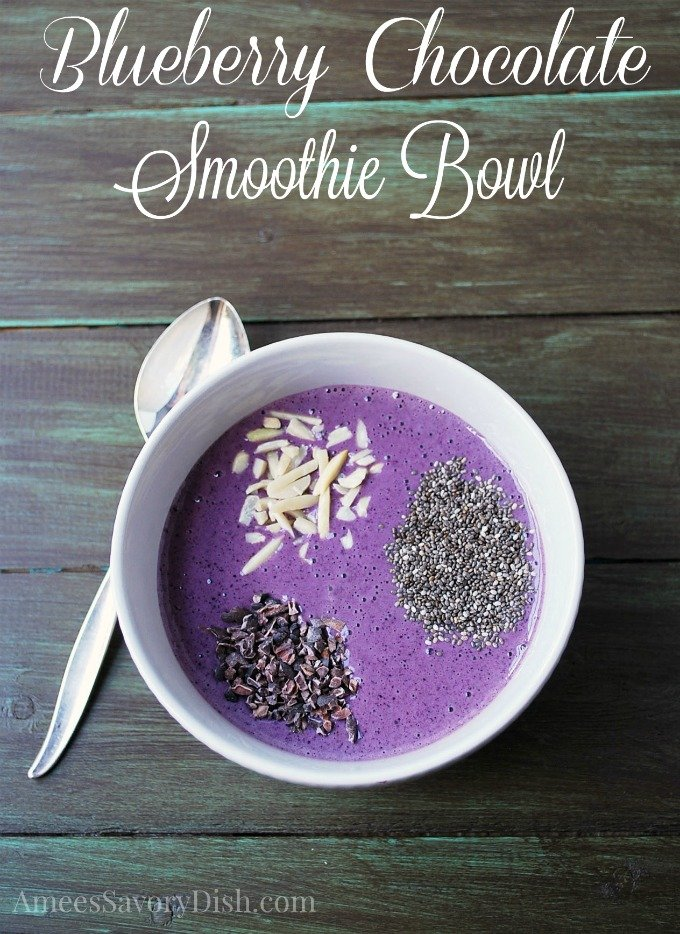 Blueberry Chocolate Smoothie Bowl