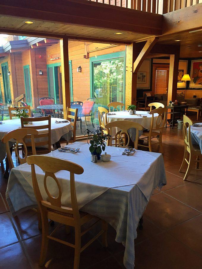 Alpine House dining
