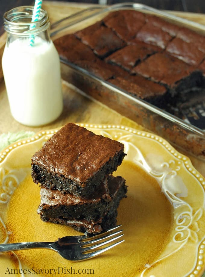 Flourless Chocolate Tahini Brownies recipe