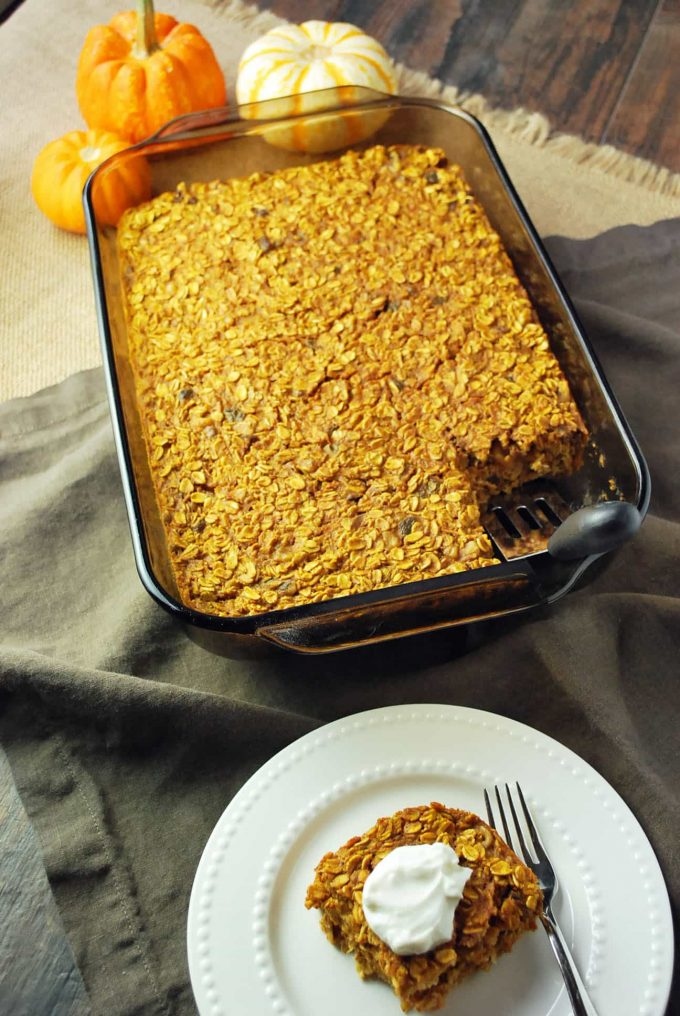 Healthy Pumpkin Spice Baked Oatmeal recipe