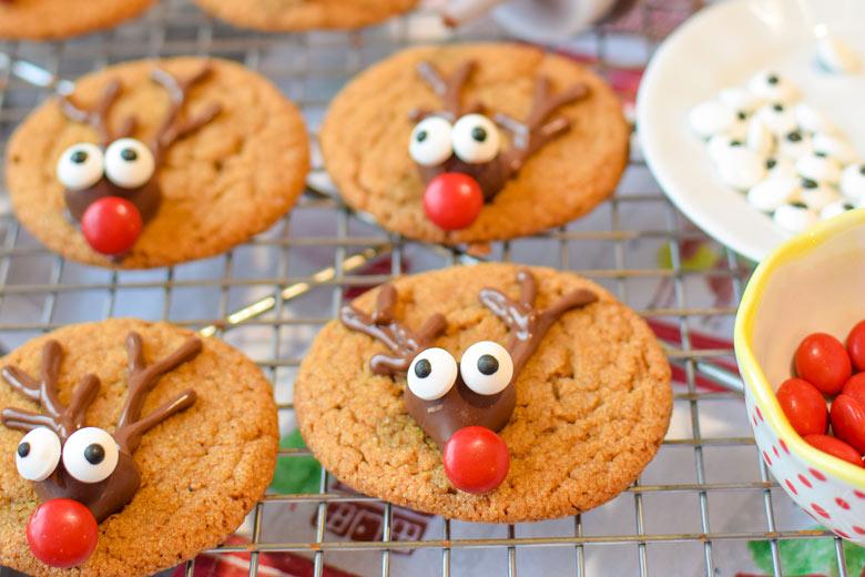 gingerbread reindeer cookies from Major Hoff Takes A Wife