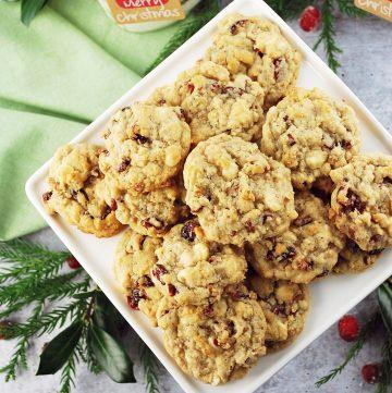 overhead photo of platter of cookies