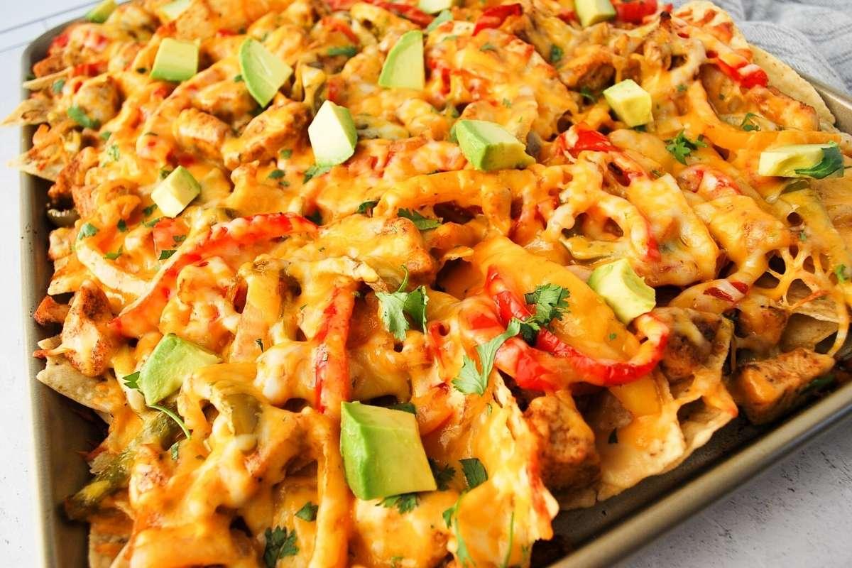 side view of chicken fajita nachos